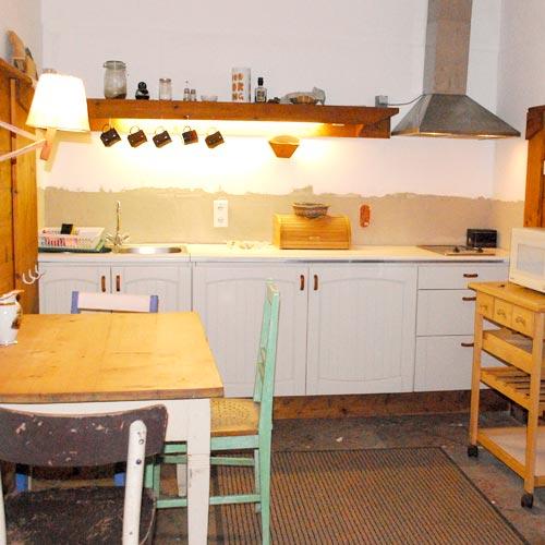 MITANANDA Gästehaus - Küche